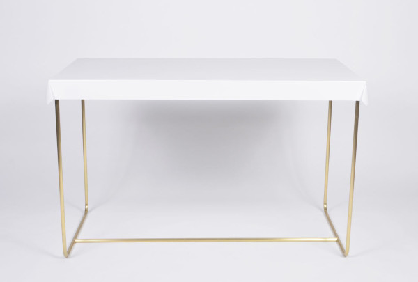 Debra-Folz-Tables-10-Drape-desk
