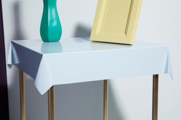 Debra-Folz-Tables-3-Drape-table