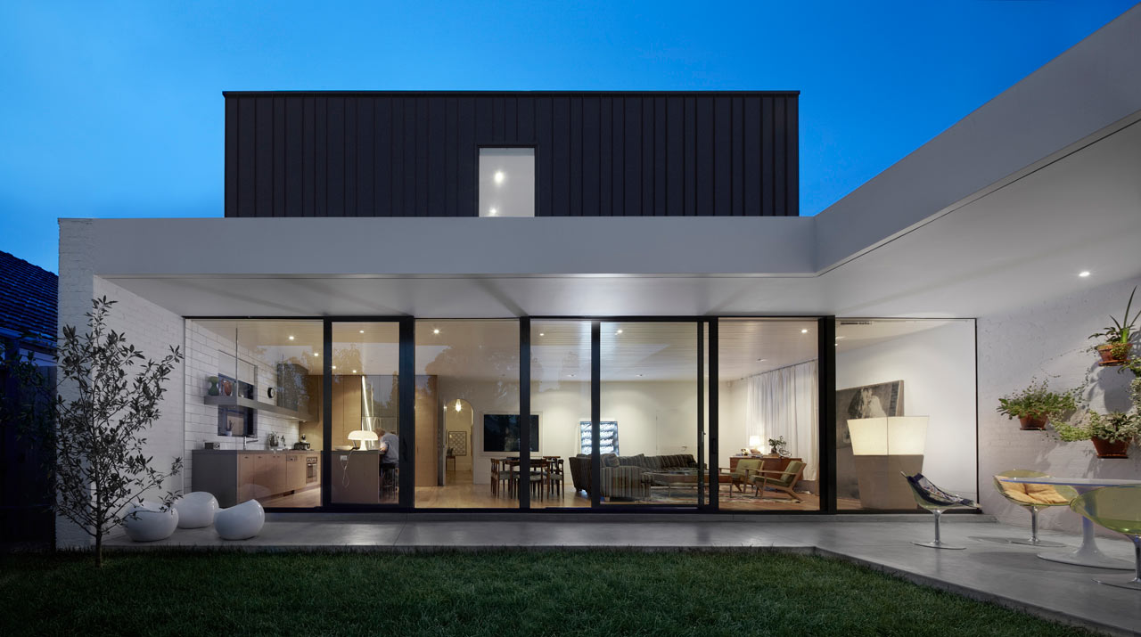 An edwardian house gets a modern renovation design milk for Beach house designs melbourne