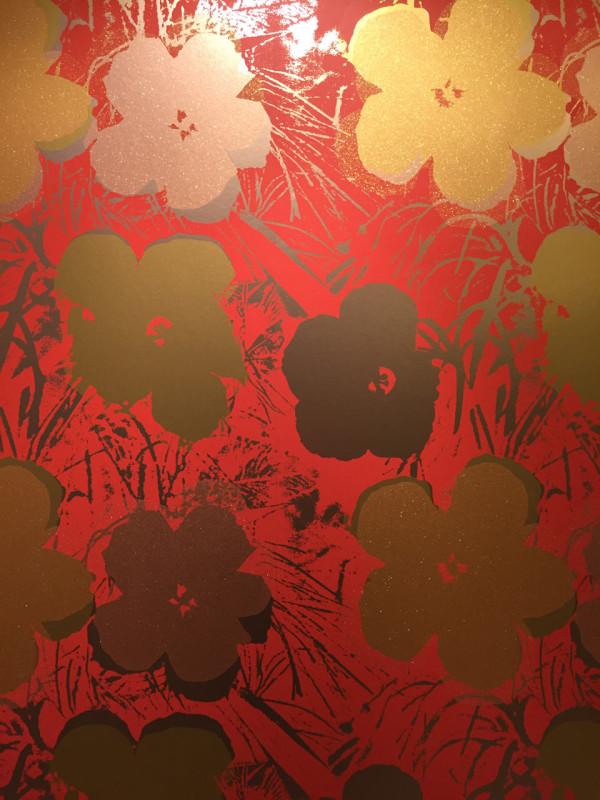 Flavor-Paper-Wallpaper-Warhol-Flowers-2