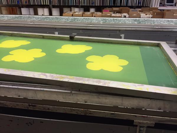 Flavor-Paper-Wallpaper-Warhol-Flowers-6