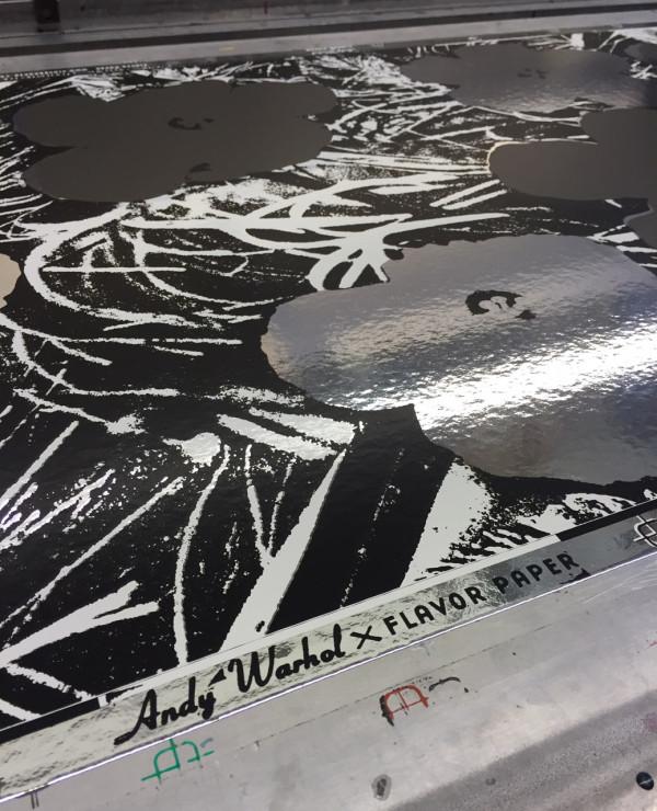 Flavor-Paper-Wallpaper-Warhol-Flowers-9