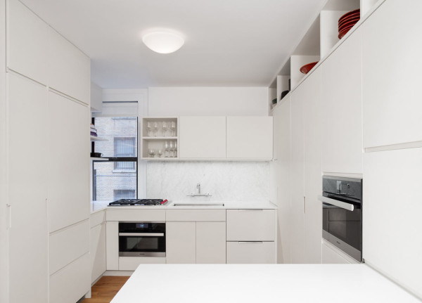 Kane-NYC-Pre-War-Apartment-4