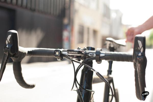 Knog-Oi-Bike-Bell-5
