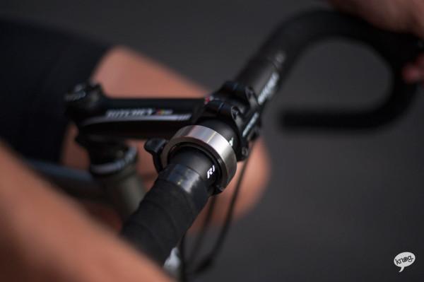 Knog-Oi-Bike-Bell-7