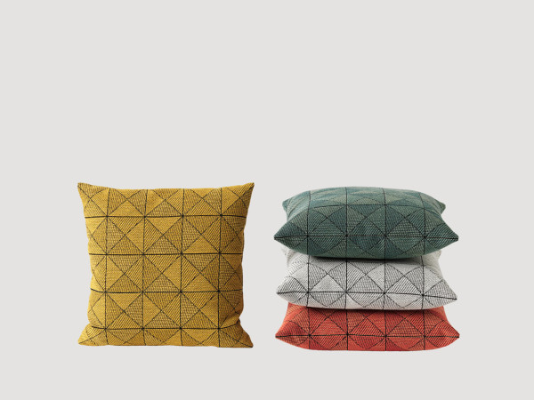Muuto-15-Tile-Pillow-Anderssen-Voll