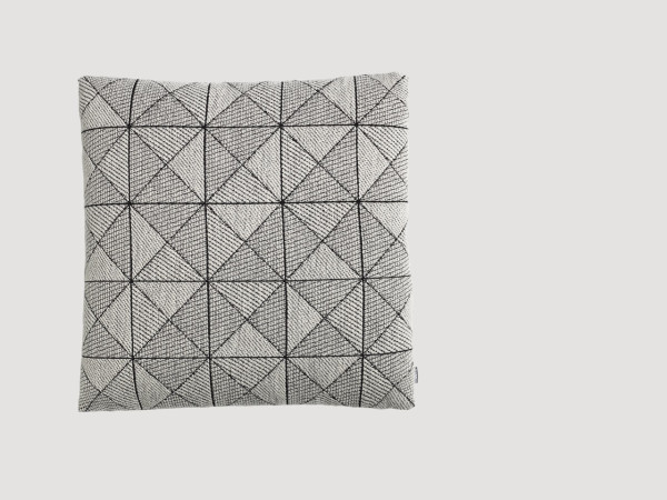 Muuto-17-Tile-Pillow-Anderssen-Voll