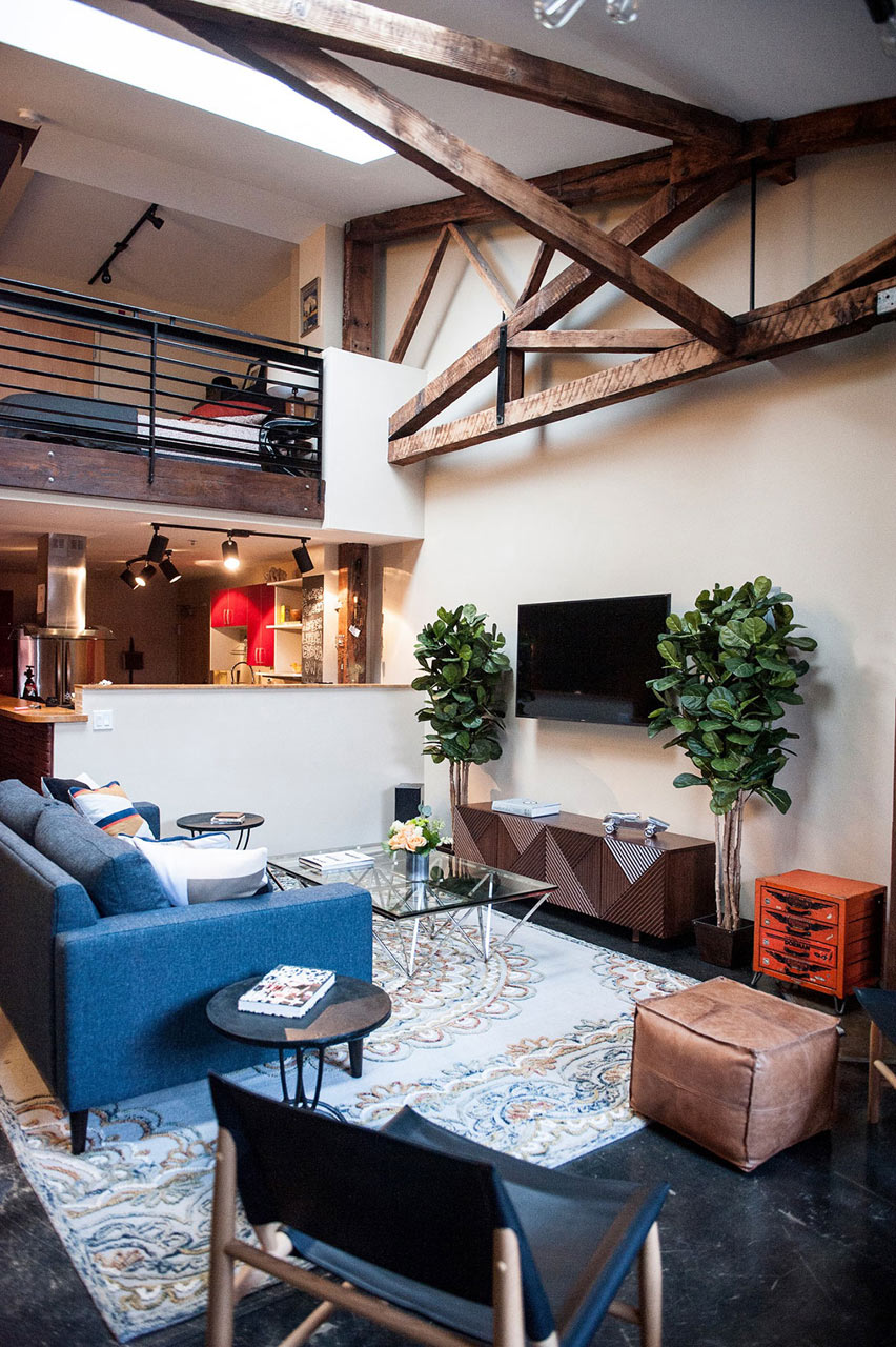 An Eclectic Loft in the Heart of Oakland - Design Milk