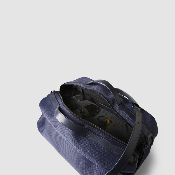 Octovo-Fabric-Duffle-Blue-Detail