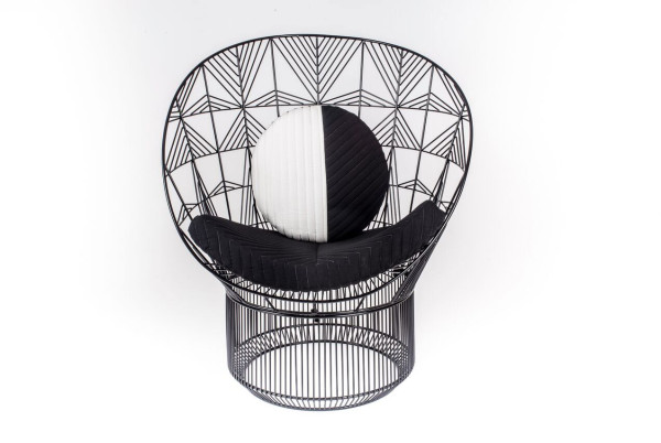 Peacock-Lounge-Chair-Bend-Goods-11a