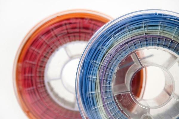 Precious-Plastic-Dave-Hakkens-5-filament