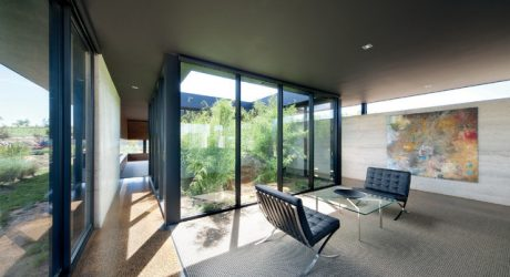 10 Modern Houses with Interior Courtyards & Gardens