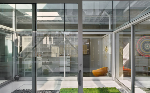 10 Modern Houses With Interior Courtyards Design Milk - Two-storey-single-family-residence-by-baan-design