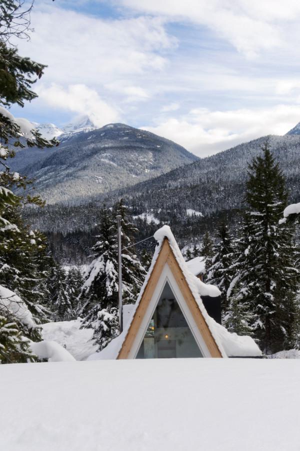 Scott-and-Scott-Architects-Whistler-Cabin-15