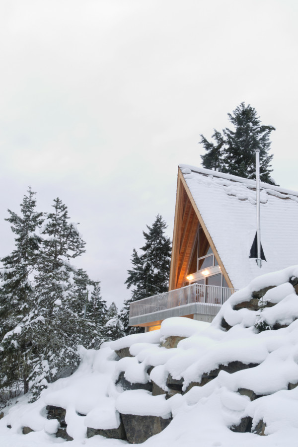 Scott-and-Scott-Architects-Whistler-Cabin-17