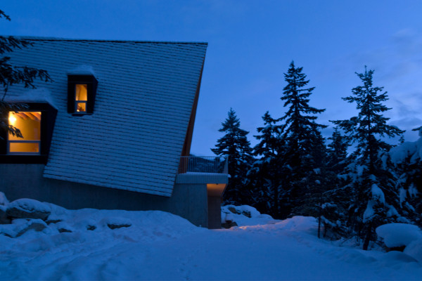Scott-and-Scott-Architects-Whistler-Cabin-18