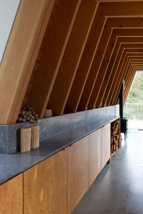 Scott-and-Scott-Architects-Whistler-Cabin-6