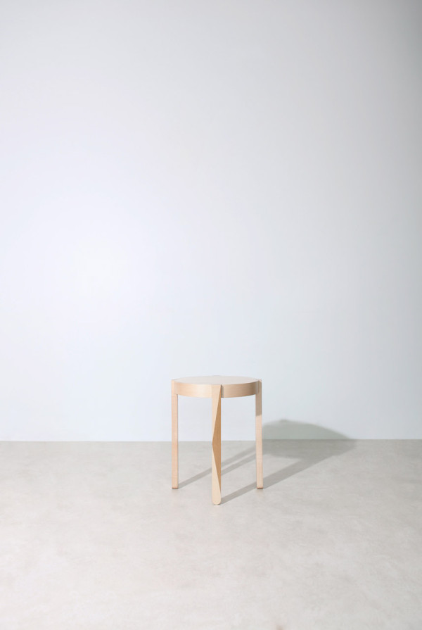 Studio-Dessuant-Bone-Collection-22-13-stool