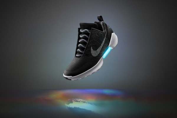 nike-hyperadapt-powerlacing-02