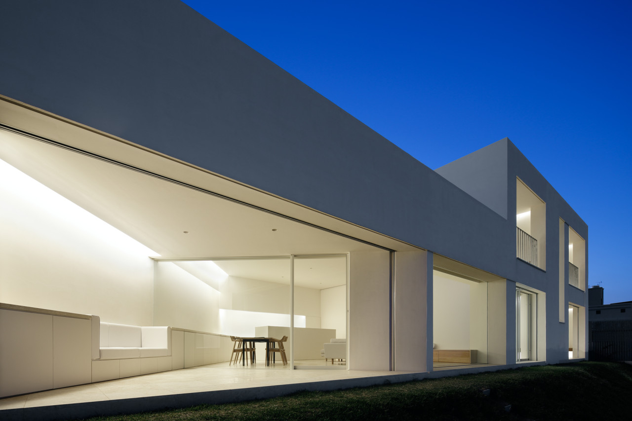 Okinawa house by john pawson design milk Architect modern zen type house