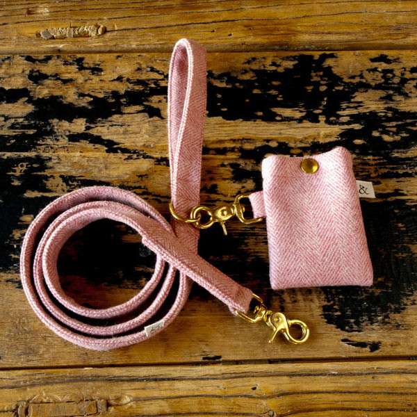 wool_dog_bed_toys_leash_02