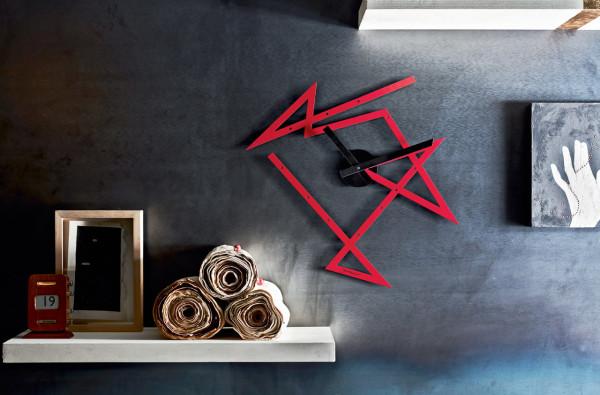 Alessi-Libeskind-Time-Maze-Clock-2