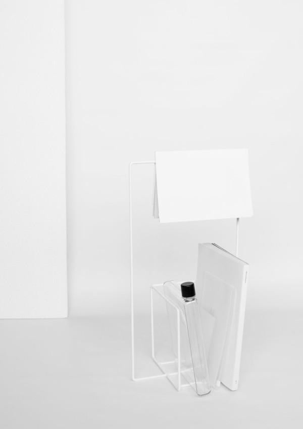 Alvaro-Diaz-Hernandez-Wire-17-Minus-magazine-stand