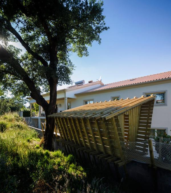 Casa-no-muro-Play-house-Martial-Marquet-6