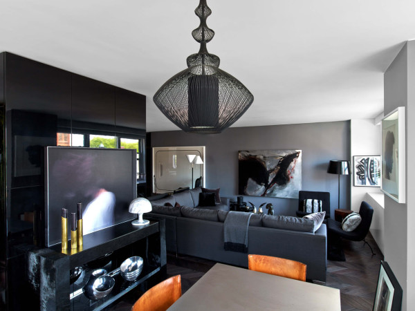 A NYC Apartment Inspired by Tom Ford and Halston