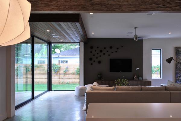 Emory-House-studioMET-7