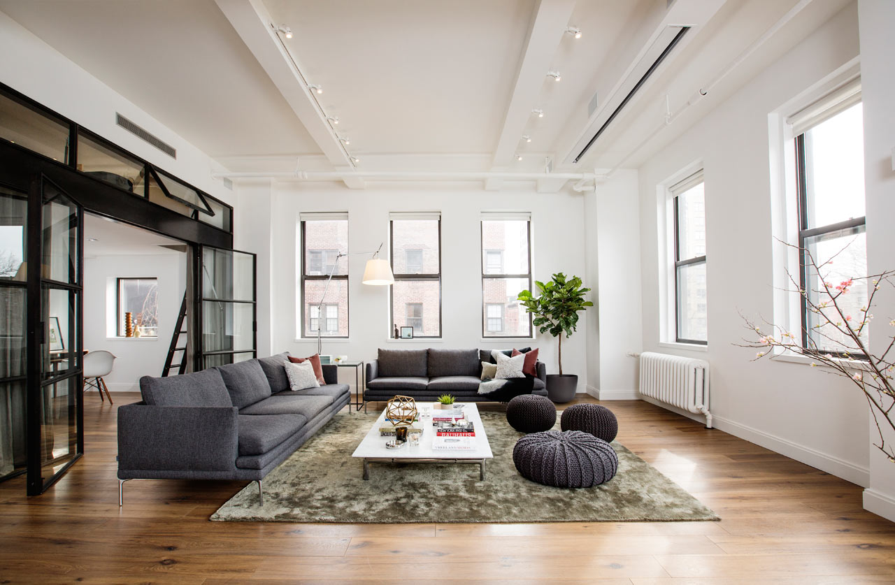a light filled loft in new york city 39 s east village. Black Bedroom Furniture Sets. Home Design Ideas