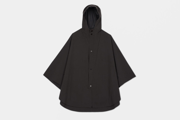 The-Arrivals-Snarkitecture-Poncho-10