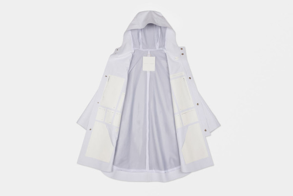 The-Arrivals-Snarkitecture-Poncho-15