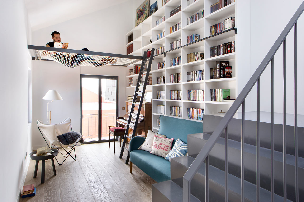 A 50's Madrid Home Becomes Modern & Welcoming