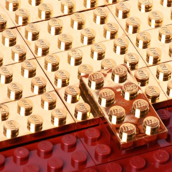 Agabag-Gold-plated-LEGO-bricks-4c