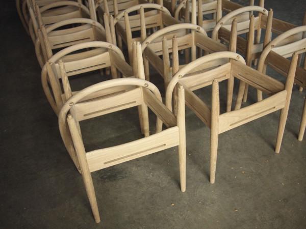 Decon-Phloem-Captains-Chair-12