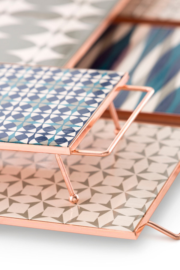 GAN-M&M-trays-Blue-Grey-Detail-3