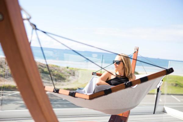 Lujo-hammock-lifestyle2