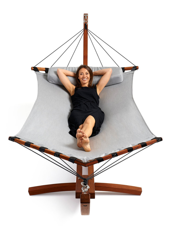 lujo hammock portrait get out  modern hammocks from lujo   design milk  rh   design milk