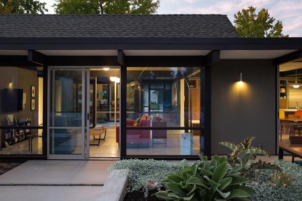 Renewed-Classic-Eichler-Klopf-Architecture-16