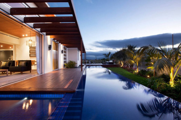10 Homes Designed For Indoor Outdoor Living Design Milk