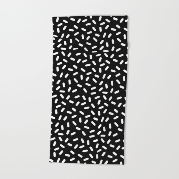 black-white-modern-pattern-beach-towel