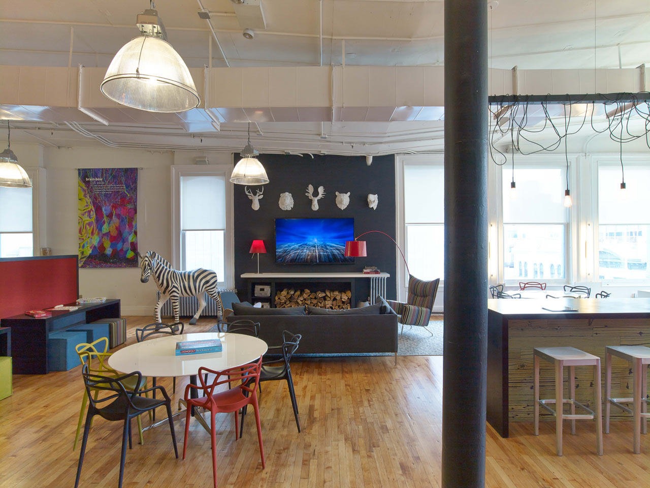 A Communications Agency with a Colorful Personality
