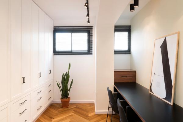 Bauhaus-Apartment-Raanan-Stern-11