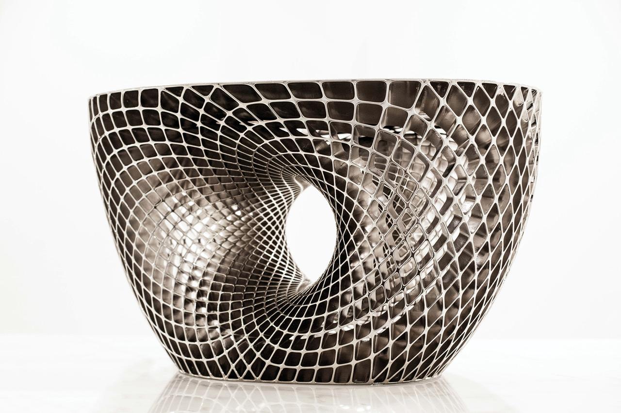 Janne-Kyttanen-3D-7-Rhodium-Avoid