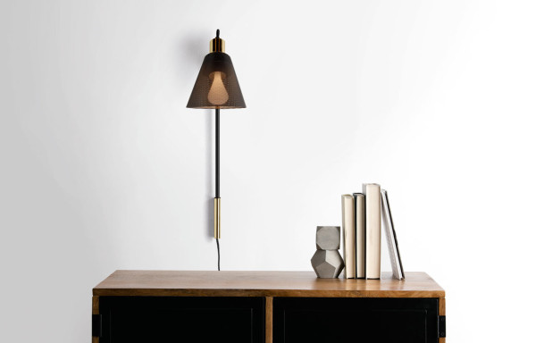 Memoir-Lamp-Plumen-Made-Task-Lamps-4