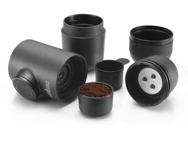 Minipresso-GR-WACACO-espresso-maker-4