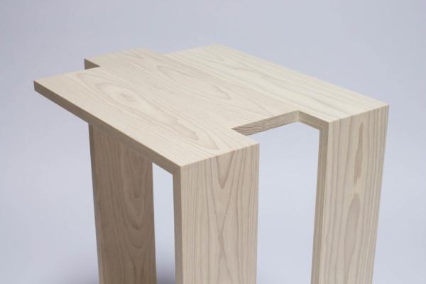 Roll-Mirror-Godar-Furniture-12-C3-table
