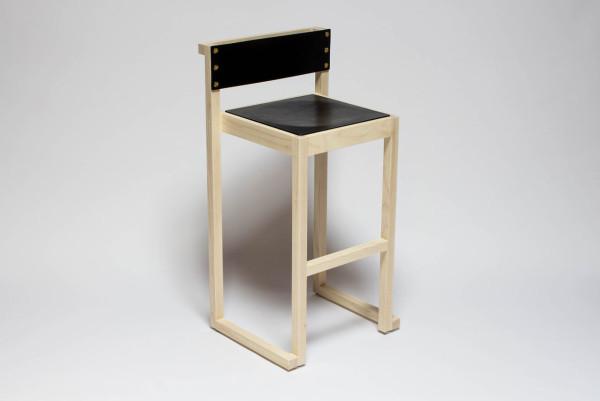 Roll-Mirror-Godar-Furniture-16-NINETY+stool