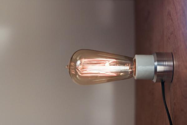 Sconcy-Stick-On-Lamp-Luke-Kelly-3